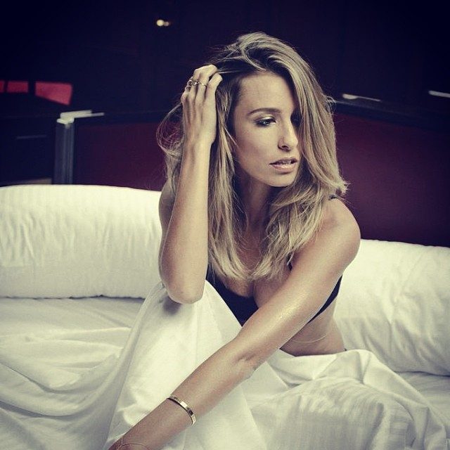 Celebrity LA ExtraTV Presenter Renee Bargh